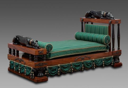 Cama estilo Regencia. Inglaterra (1800-1810)